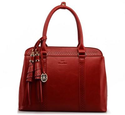 Upto 70% off on Handbags at Flipkart