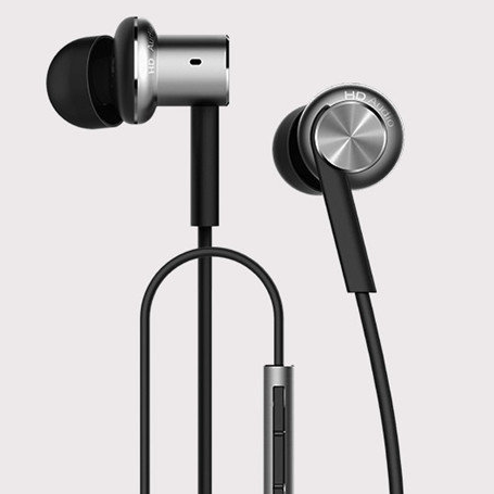 Xiaomi Hybrid Dual Drivers Wired Control Earphones for Rs 1287 (50% Off) on Banggood