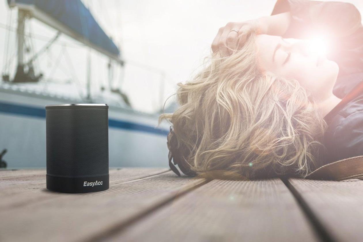 EasyAcc DP100 Ultra-portable Bluetooth 4.0 Speaker Giveaway by EasyAcc