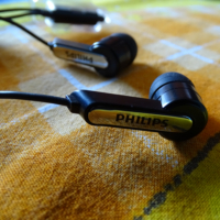 Philips SHE1405BK 94 Closer Look nfk5tga2k9o7s83zng1qwq4otj5t3v019953oma11s - Ultimate Review Philips SHE1405 In-Ear Headphone Headset With Mic